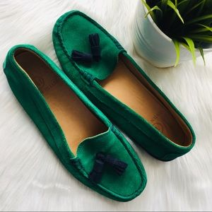 AUSTEN HELLER Green Suede Navy Tassel Loafers 6.5